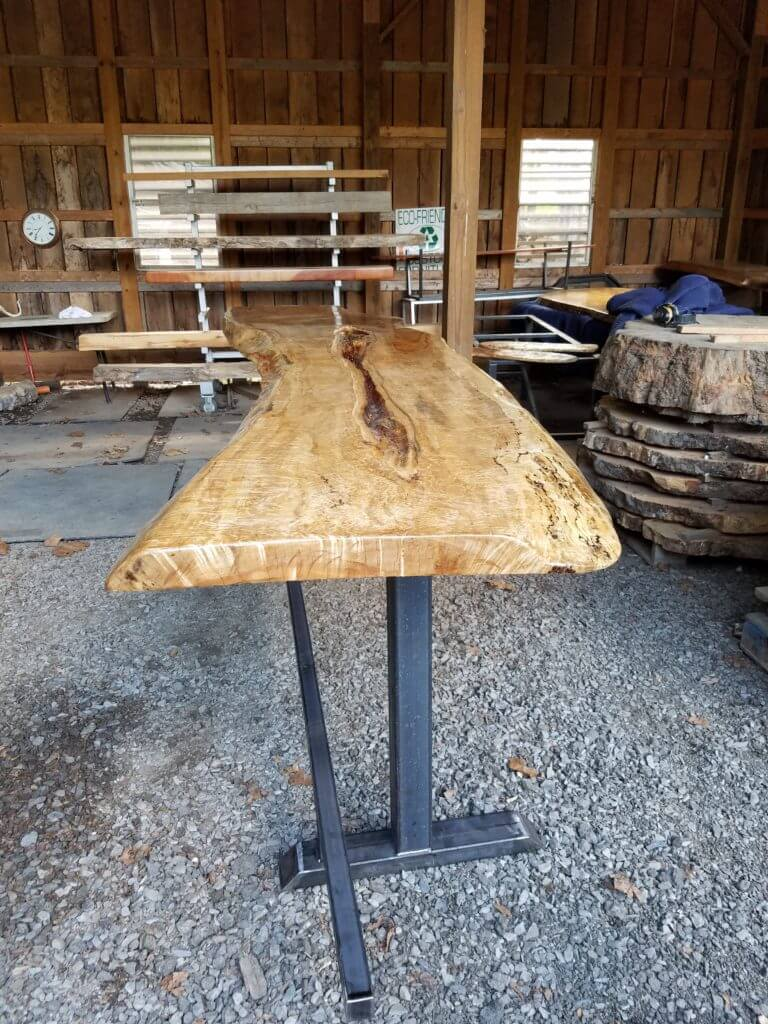 Maple Bar top glass cut in